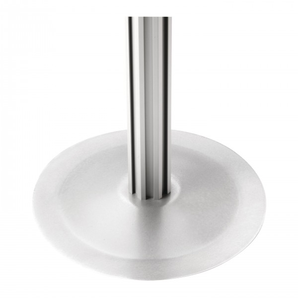 Round base for octagonal poles